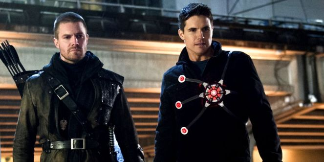 Robbie-Amell-Stephen-Flash-Arrow-Firestorm-Team-Up