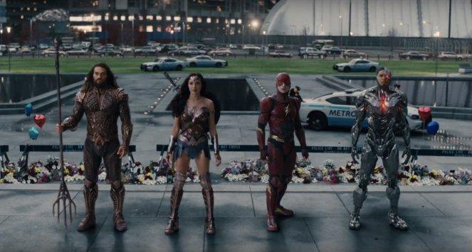justiceleague-trailerbreakdown-aquamana-flash-wonderwoman-cyborg
