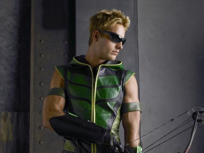 justin-hartley-green-arrow-smallville