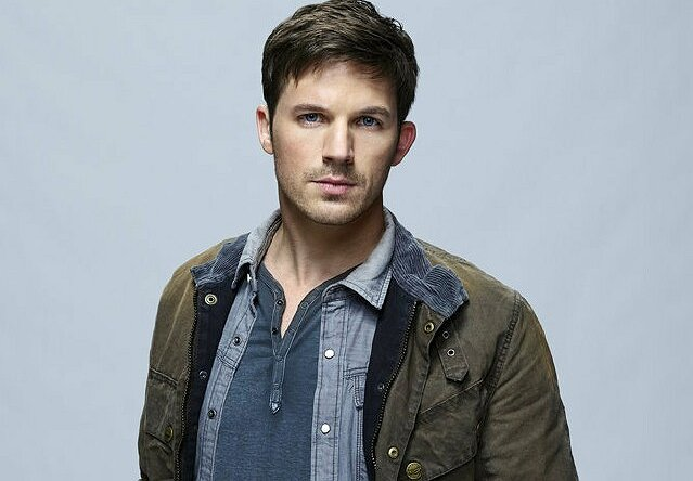 Matt_Lanter_jpg_1440x1000_q85_box-0,19,639,463_crop_detail